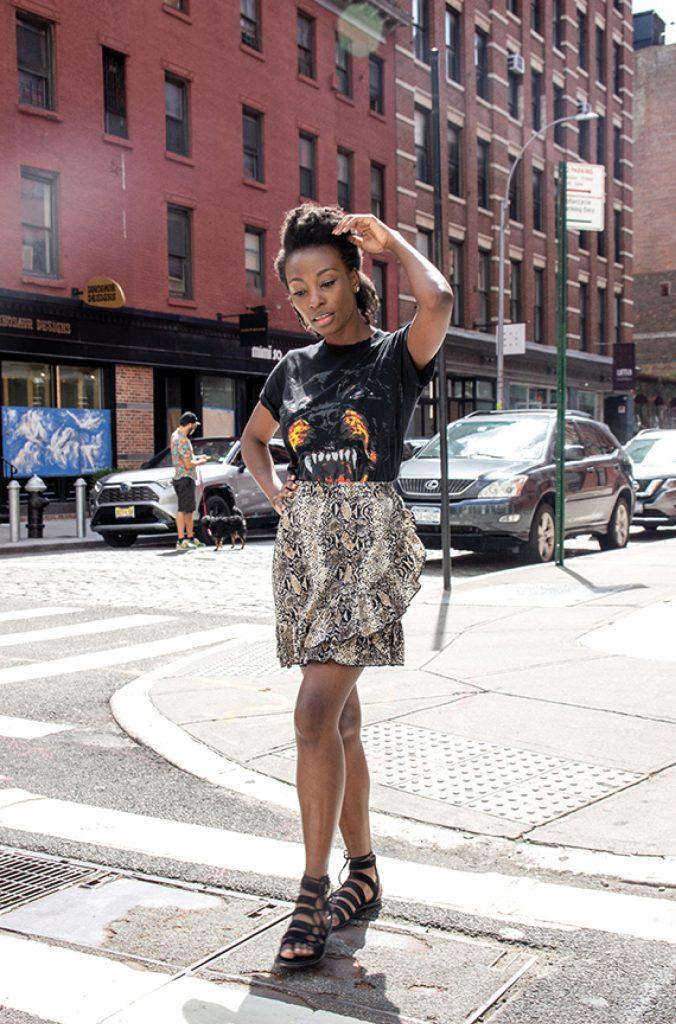 snake print skirt with t-shirt